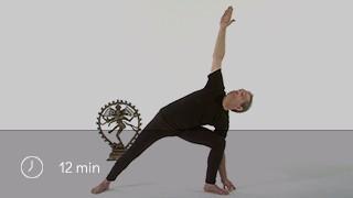 Les postures des triangles - Utthita trikonasana