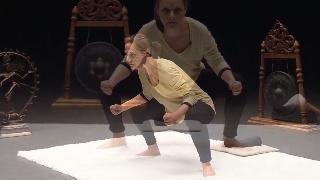Séance de yoga sur le muladhara chakra