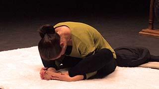 Séance de yoga à faire avant de s'endormir, faciliter l'endormissement et la qualité du sommeil